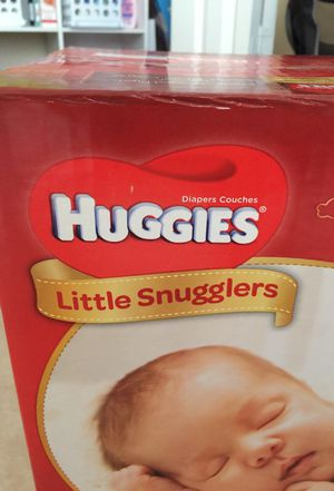 23 NEWBORN DIAPERS for Sale in Kissimmee, FL