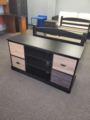 """TV stand fits up to 55""""TV $100 for Sale in Indianapolis, IN"""