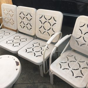 Retro Glider Outdoor Patio Set for Sale in La Crescenta-Montrose, CA