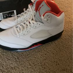 Jordan 5s Fire Red for Sale in Raleigh,  NC