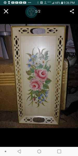 Beautiful vintage tray. Has hanger too mount on Wall. $20 Firm for Sale in Fresno, CA