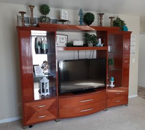 Entertainment center for Sale in Plainfield, IL