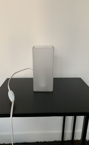 Small table lamp for Sale in Seattle, WA