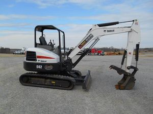 Excavator $310 Daily Bobcat for Sale in Federal Way, WA