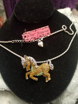 Betsey Johnson little pony sweater necklace/ brooch. for Sale in West Valley City,  UT