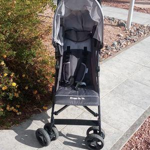 Dream On Me Folding Stroller for Sale in Glendale, AZ