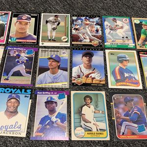 18 All Rookies Baseball cards Griffey Bonds Jones Piazza And More for Sale in Brea, CA