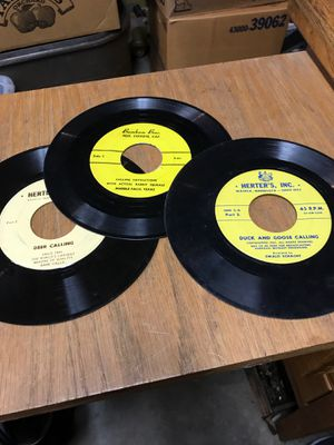 45 RPM Hunting Records, Duck & Goose calling, calling Instructions with Actual Rabbit Squeals,and Deer Calling. for Sale for sale  Oglesby, IL