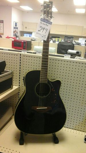 Yamaha acoustic guitar for Sale in Norcross, GA