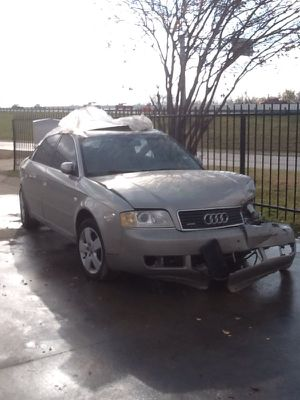 2002 AUDI A6 FOR PARTS PARTES for Sale in Dallas, TX