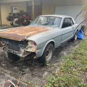 Ford Mustang for Sale in Orlando, FL