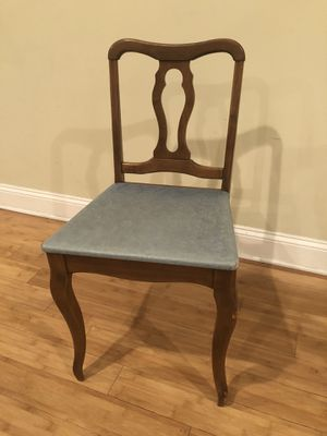 Vintage Vinyl Chair for Sale in Philadelphia, PA