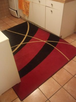 Modern 5x7 red rug for Sale in Phoenix, AZ