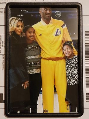 Kobe Bryant with family 4in x6in Magnetic framed Picture of Kobe Bryant for Sale in Los Angeles, CA