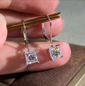 1.25ct Princess Cut Moissanite White Diamond Stud earrings Women /Girl for Sale in Calabasas, CA