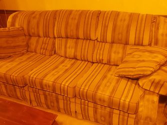 Pull Out Couch Good Condition. for Sale in Irwin,  PA