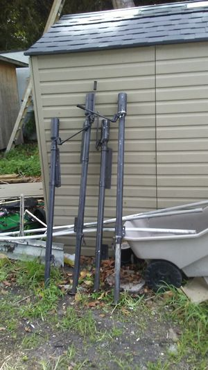 Hydraulic Truck camper jacks for Sale in Saint Petersburg, FL