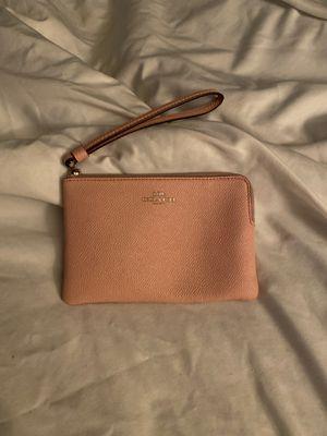 Pink coach wristlet for Sale in El Mirage, AZ
