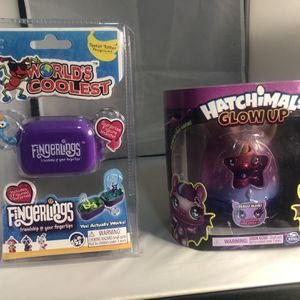New Hatchimals Glow Up And Fingerling Mini Play Set for Sale in Palisades Park, NJ