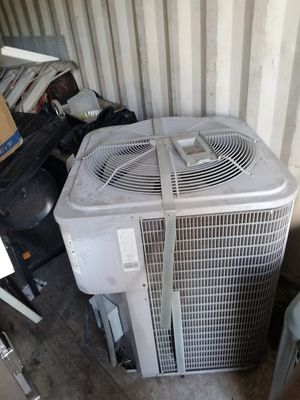 AC UNITS 5 TONS DATE 2014 INSIDE AND OUT HAVE HANGER TO for Sale in North Miami, FL