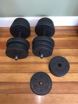 Dumbbell Weight Set for Sale in Salem, MA
