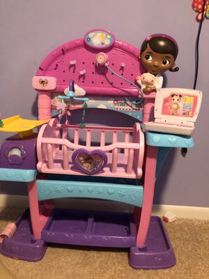 Play baby doll doctor bed for Sale in Lorton, VA
