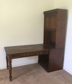 FREE desk with shelving! for Sale in Madera, CA