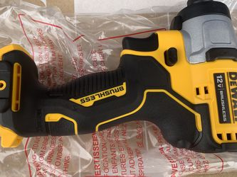 Dewalt 1/4 impact driver brushless new for Sale in Knoxville,  TN