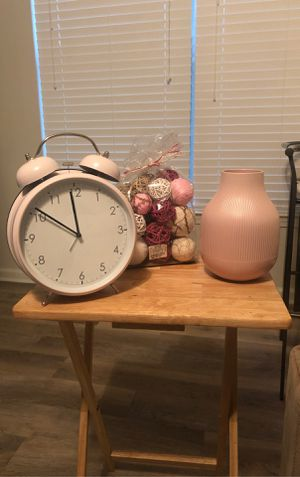 Pink Decor for Sale in Smyrna, GA