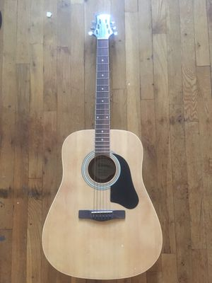 Silvertone acoustic guitar for Sale in Mount Vernon, NY