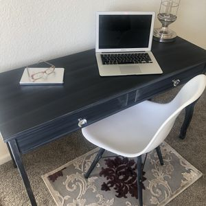 Desk And Chair ‼️‼️‼️ for Sale in Chula Vista, CA
