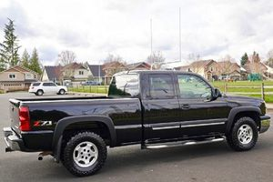 2003 Chevy Silverado 1500 lt for Sale in Rockford, IL