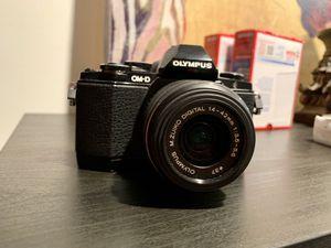 Olympus OM-D E-M10 Digital Mirrorless Camera w/ 14-42mm Lens for Sale in Herndon, VA