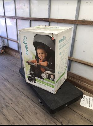 Evenflo epic travel system for Sale in Highland, CA