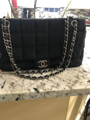 Authentic Chanel bag for Sale in Matthews, NC