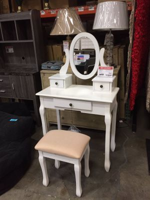 Vanity Set with Stool, White for Sale in Downey, CA