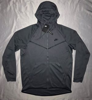 XL NIKE FULL ZIP UP HOODIE. RETAIL $130.00. MAKE A OFFER for Sale in Dallas, TX