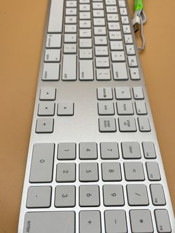Genuine Apple A1243 Aluminium USB Wired Keyboard With Numeric Keypad for Sale in Vancouver,  WA