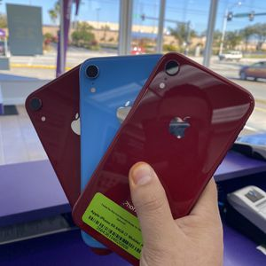 iPhone Xr T-Mobile for Sale in Lakeland, FL