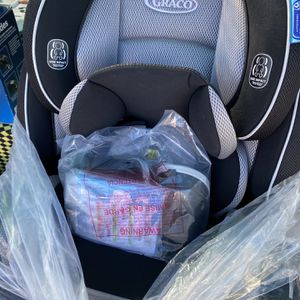 graco 4ever 4-in-1 carseat for Sale in Los Angeles, CA
