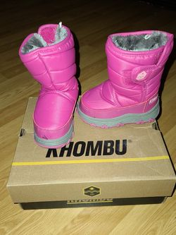 Khombu Snow Boots For Toddlers for Sale in Boring,  OR
