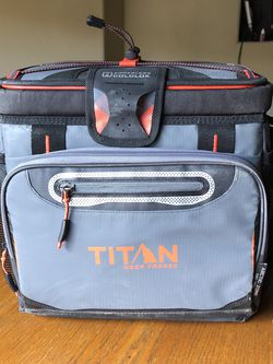 Large Lunchbox / Small Cooler (Gray/Orange) for Sale in Reno,  NV