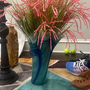 Glass Vase with Flowers for Sale in Allen, TX