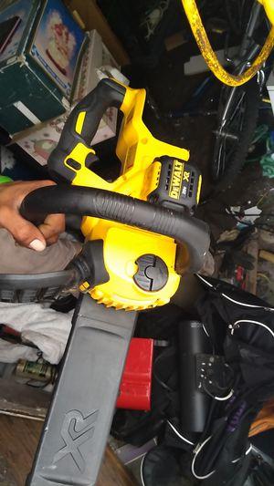 DeWalt chainsaw 20 volt for Sale in Columbus, OH
