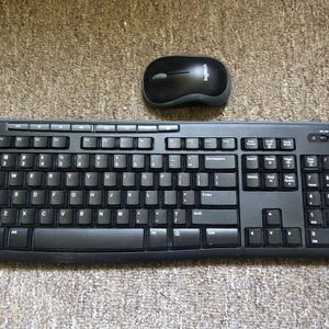 Logitech Wireless Mouse And Keyboard for Sale in Diamond Bar, CA