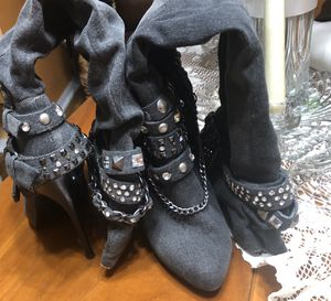 Black Distressed Knee High Boots Size 6 for Sale in Lakeland, FL