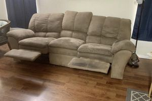 Ashley furniture dual recliner couch for Sale in Phoenix, AZ