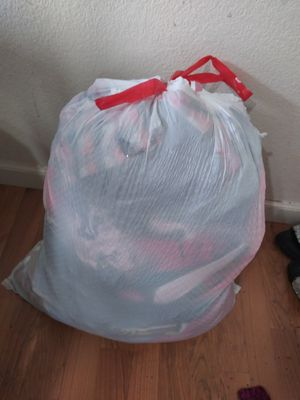 Free bag of gently used clothes for Sale in Carmichael, CA