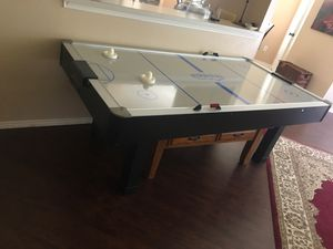 Air hockey table for Sale in McKinney, TX
