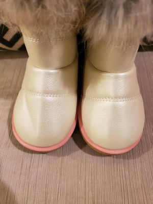Toddler winter boots for Sale in South Plainfield, NJ